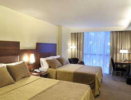 QUARTO SUPERIOR TWIN Howard Johnson La Cañada Hotel & Suites