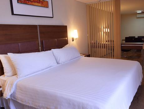 Suite Executiva Howard Johnson Hotel & Suites Córdoba